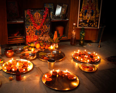 Pooja diwali puja thali decoration pictures for Annakut decoration ideas